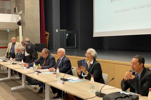 Reko Tika à Paris : une table ronde qui se solde par un échec ?