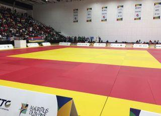 JIOI 2019 Judo tatami gymnase du complexe sportif de Côte d'Or à Maurice 220719
