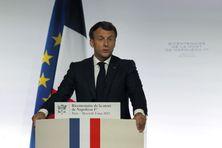 Emmanuel Macron, le 5 mai 2021, lors des commémorations du bicentenaire de la mort de Napoléon.