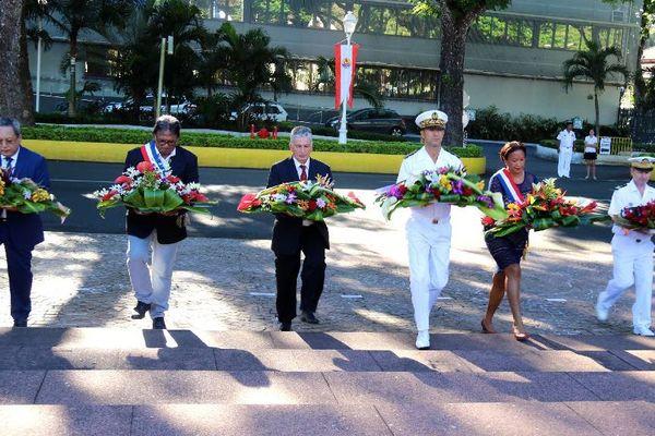 La cérémonie s'est déroulée au monument aux morts