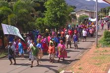 A Thio, une marche contre la délinquance récurrente au sein du village.