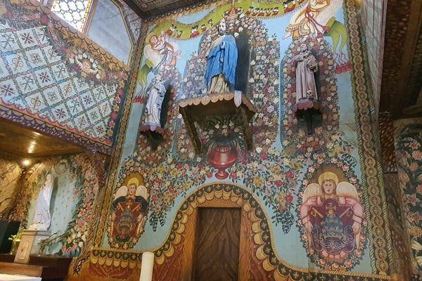 Détail de la nef de l'église d'Iracoubo