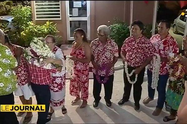 Arrivée triomphale pour Gaston Tong Sang à Bora Bora