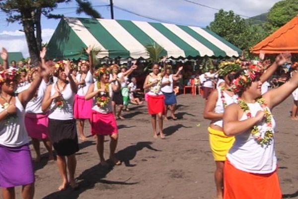 danse de la population de Tautira