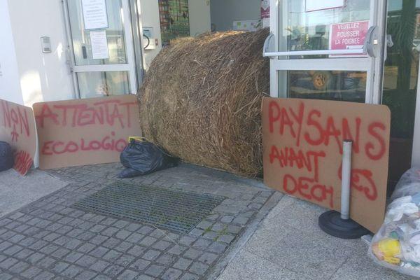 Manifestation à la CACL des agriculteurs