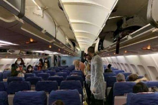 Coronavirus dans l'avion rappatriant les Français de Chine
