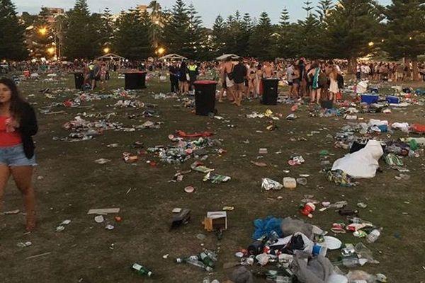 plage déchets australie