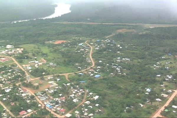 Vue aérienne de Maripasoula