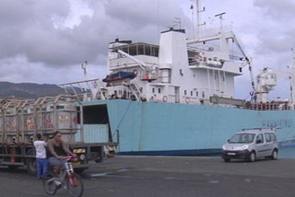 hawaiki nui dans le port