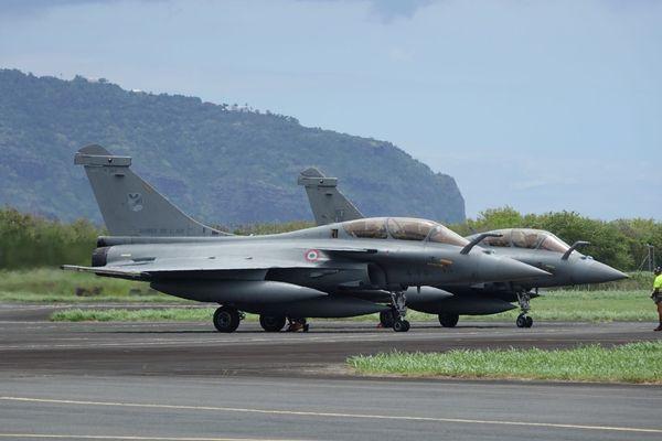 Deux Rafales sont arrivés à La Réunion, lundi 14 janvier.