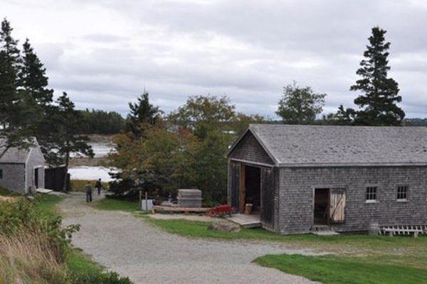 Dans le village, les interprètes, tous Acadiens, parlent volontiers de leur culture