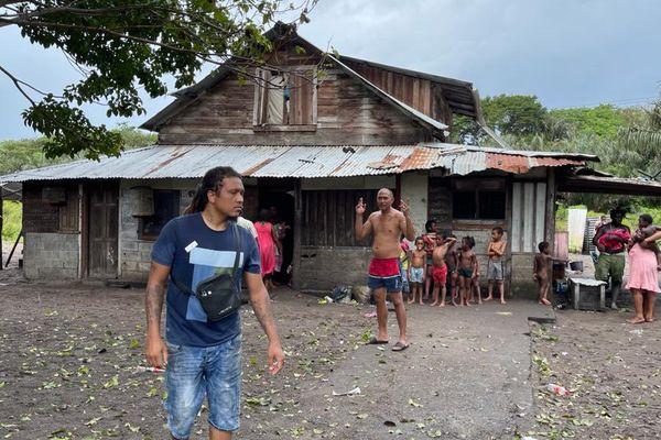 Une maison squattée à Mana