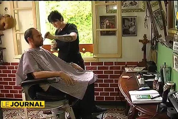 NOUVELLE-CALEDONIE : la barbière n'est pas barbante