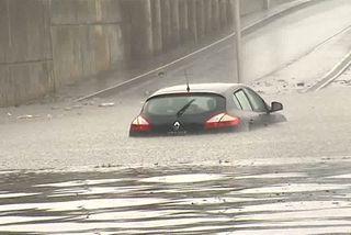 Pluies intenses : une école inondée et des routes fermées