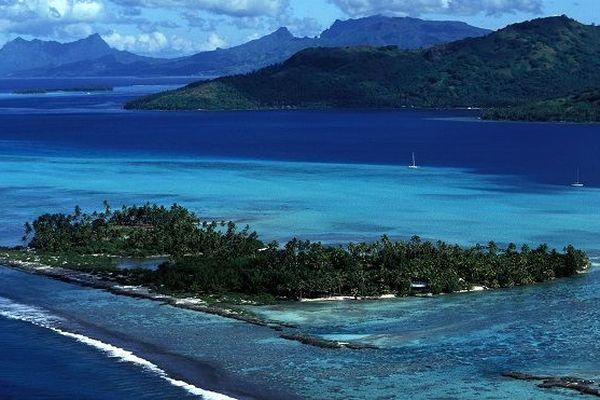 Européennes: En Polynésie, le matériel électoral par endroit largué par avion