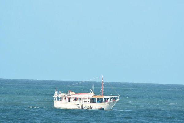 Bateau de pêche vénézuélien au large de la Guyane