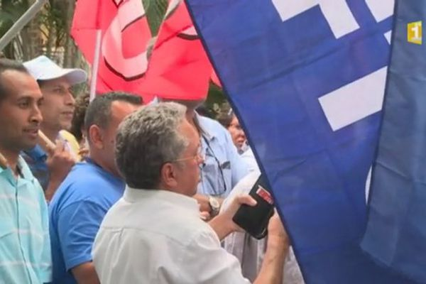Grève au CHU 12 10 2016