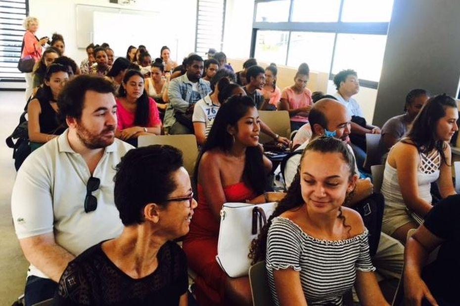 Les étudiants du Nord ont fait leur rentrée à Koné - Nouvelle-Calédonie la 1ère