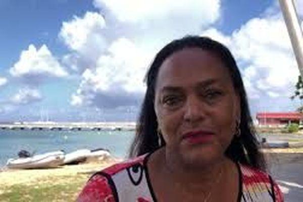 Dr Maryse Etzol  Présidente de la CCMG  Maire de Grand-Bourg