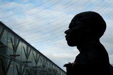 Buste de Mandela à Londres