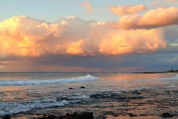 Nuages sur les plages de l'Ouest