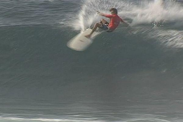 Compétition de surf à St-Pierre