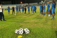 Préparation des joueurs de la Martinique avant la Gold Cup
