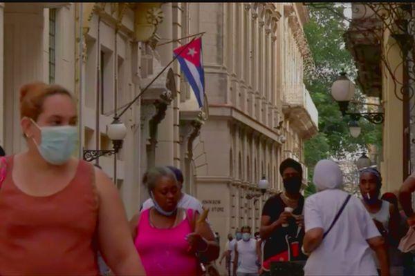Rue à Cuba