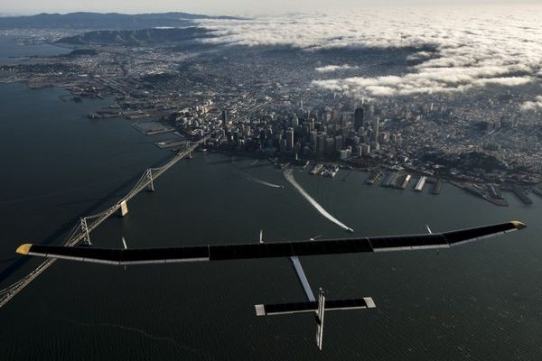 En 2015, Solar Impulse 2 va tenter un tour du monde