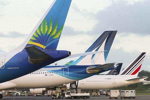 Air CaraÎbes, Corsair et Air France