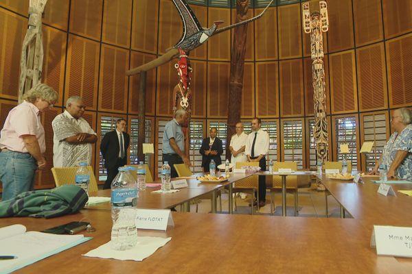 Rencontre entre le ministre et le comité des sages au centre culturel Tjibaou