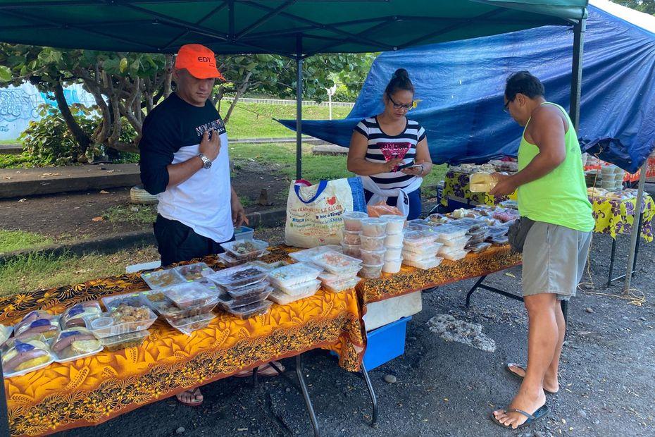 Ventes de ma'a le dimanche, un moyen de récolter des fonds pour les associations - Polynésie la 1ère