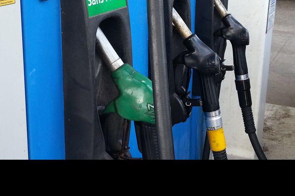 Pompes à essences julienbabel