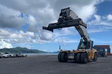 Les 4 porte-conteneurs achetés par MCG sont un atout pour le port de Longoni. Les armateurs sont aussi attirés par cette zone sécurisée de l'Ocean Indien