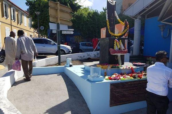 La Canne à sucre pour rappeler que toutes les communautés, composantes de Guadeloupe, sont arrivées pour le sucre et le rhum