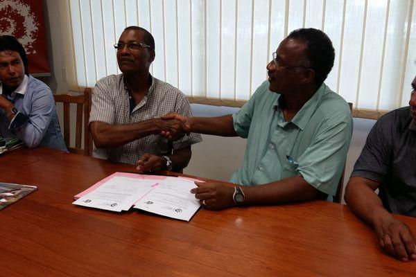 Signature de convention entre le Parc Amazonien et l'APROSEP