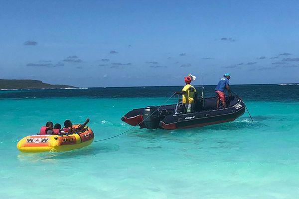 Bouée tractée à Lifou, L'îlot loisirs, janvier 2019