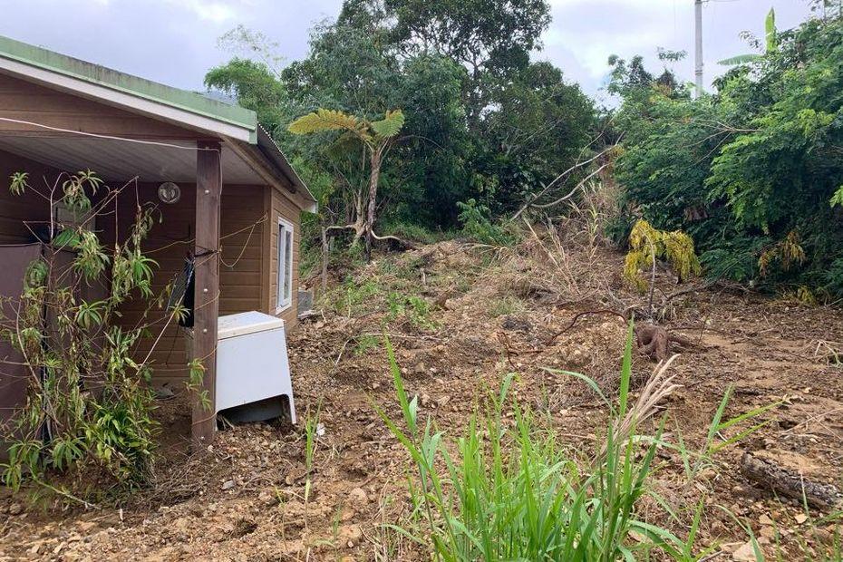 Le cyclone Uesi a provoqué un glissement de terrain à Gohapin - Nouvelle-Calédonie la 1ère