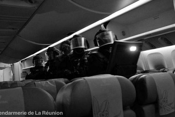 intervention du GIGN dans l'avion octobre 2018