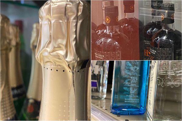 Alccols en vitrine / spiritueux / super marché / hyper