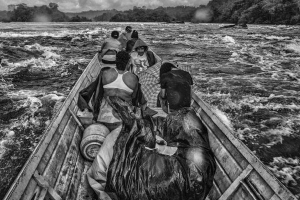 Sur le fleuve Oyapock, avril 2015