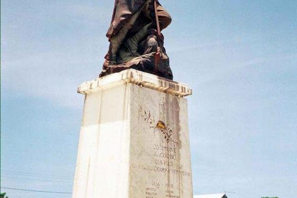 Le monument aux morts d'Iracoubo n'a été érigé que dans les années 1960