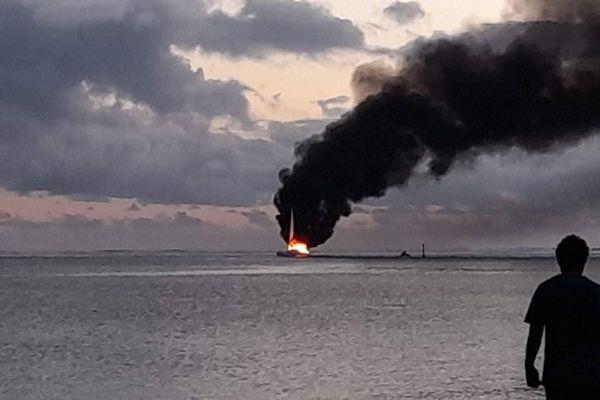 catamaran incendie