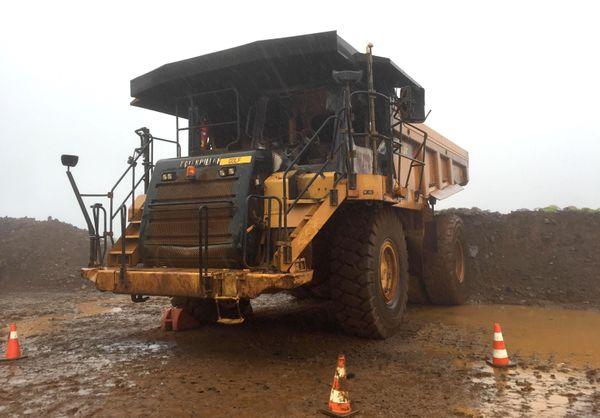 Engin minier incendié à Kouaoua, 22 novembre 2018