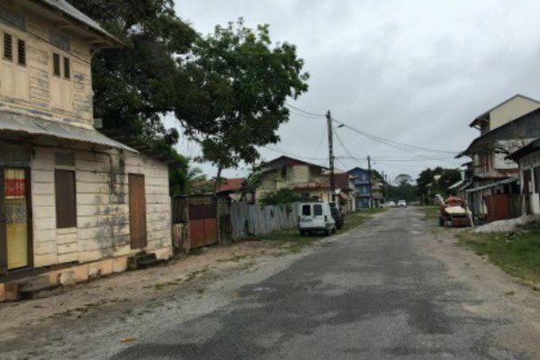 Rue de Mana, Guyane