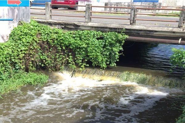Canal à Morne Vergain