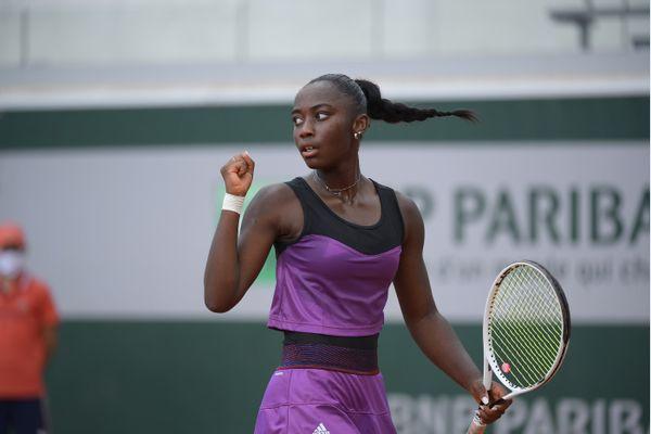 Océane Babel se qualifie pour le 3e tour du torunoi junior de Roland Garros
