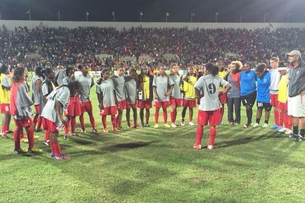 Wahnawé parle au groupe à la fin du match