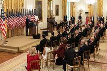 Donald Trump reçoit les vétérans de l'opération ratée de la Baie des Cochons.
