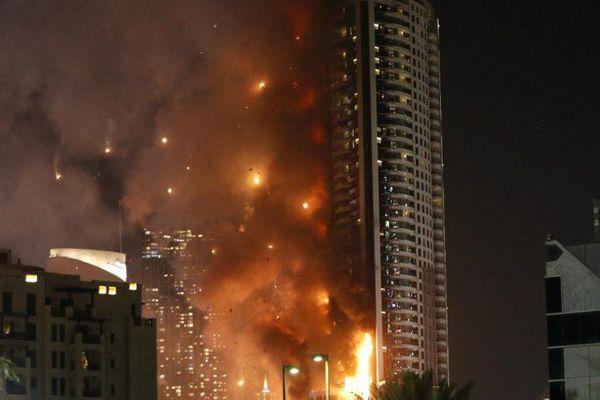 Dubaï : incendie dans une tour juste avant les festivités du nouvel an